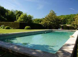 Bloc bancher en polystyr ne piscine for Piscine 20000 euros